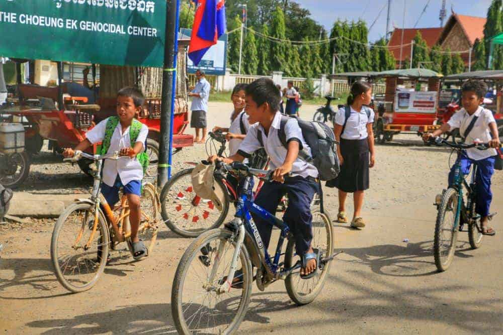 Kids leaving school in Phnom Penh
