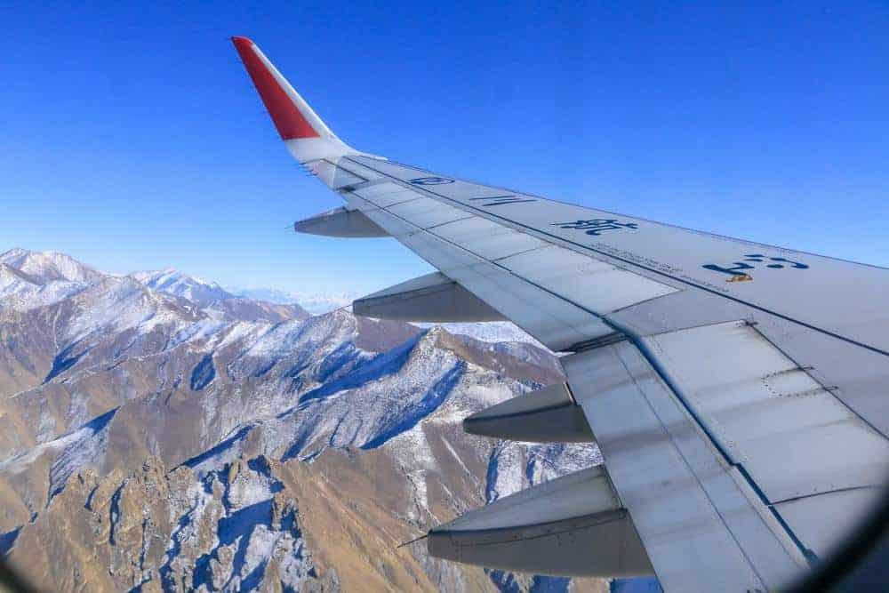 lhasa tibet himalaya mountains