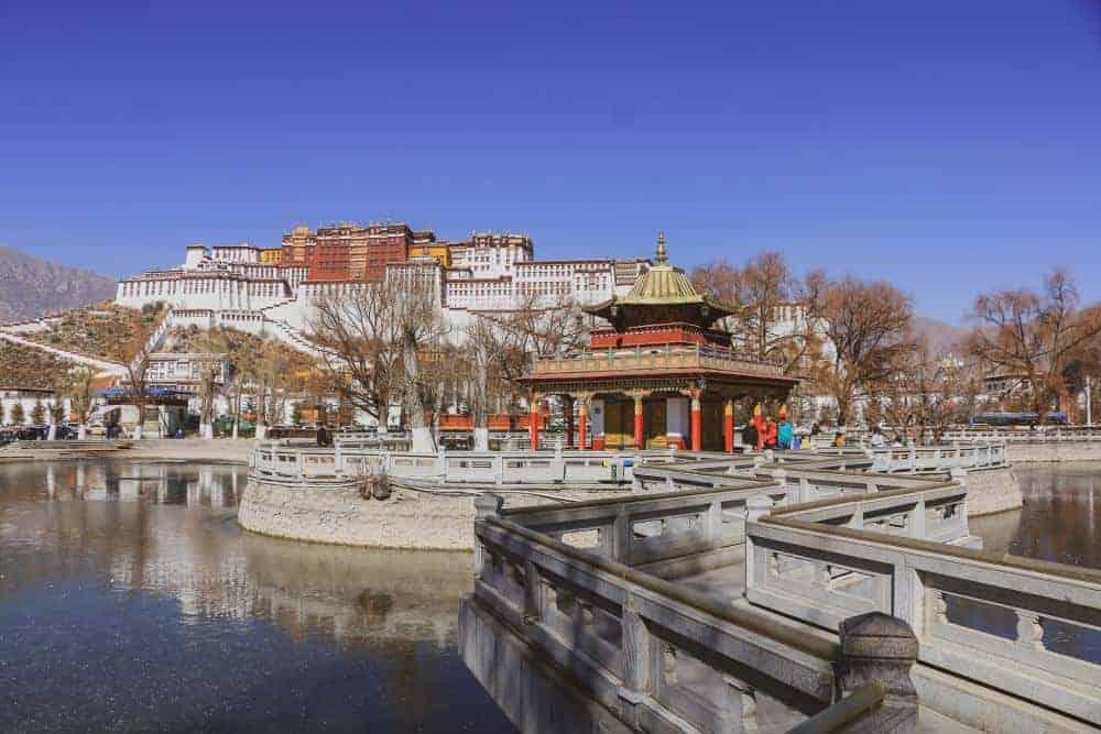 lhasa tibet winter
