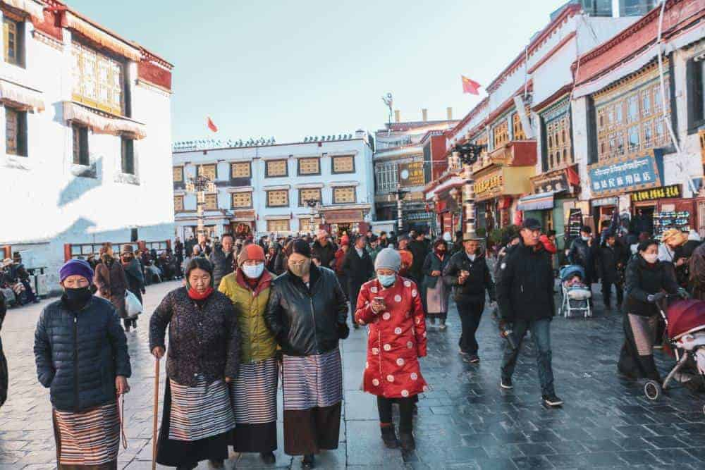 lhasa tibet pilgrims