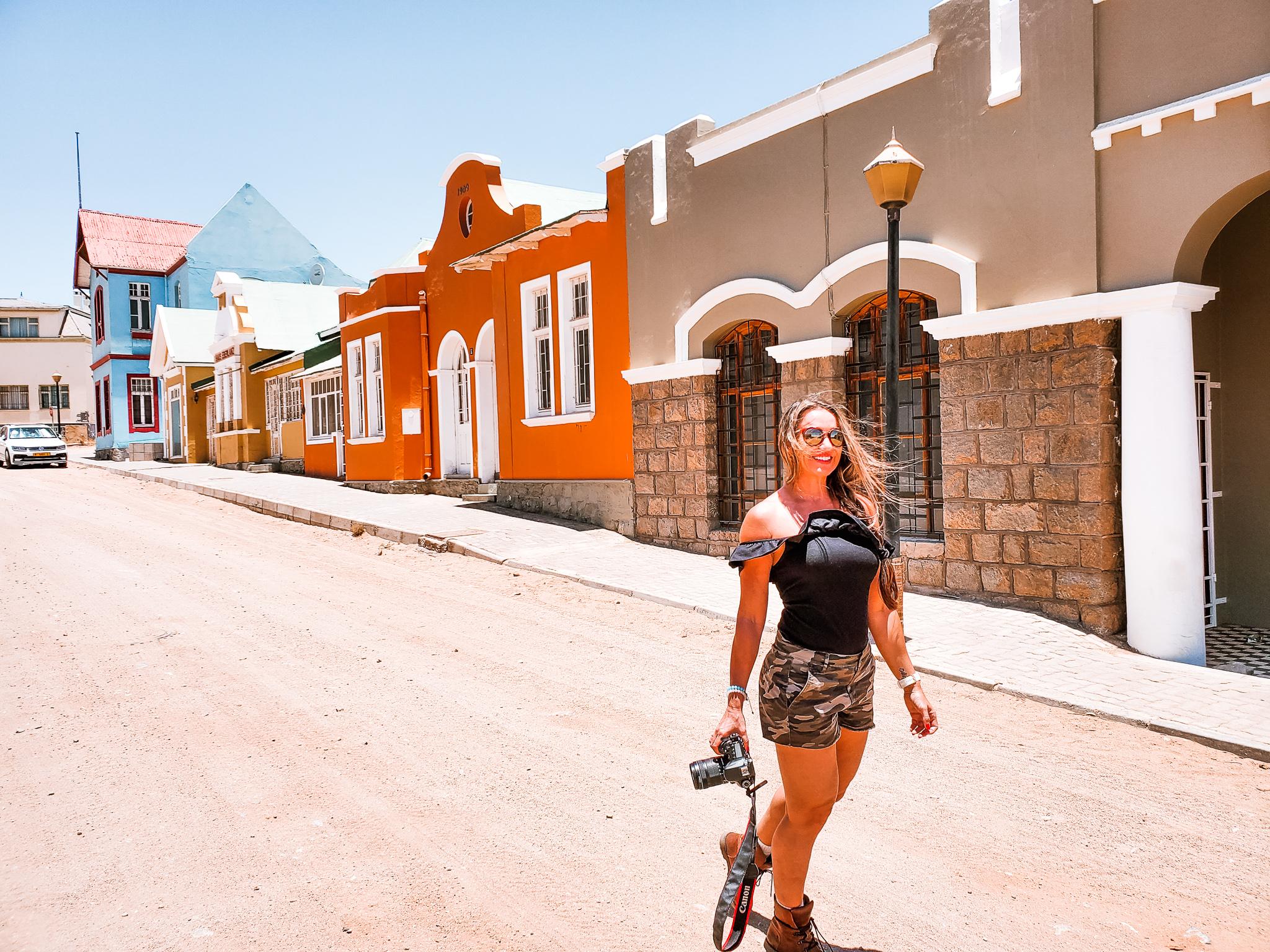 Luderiz Road trip namibia