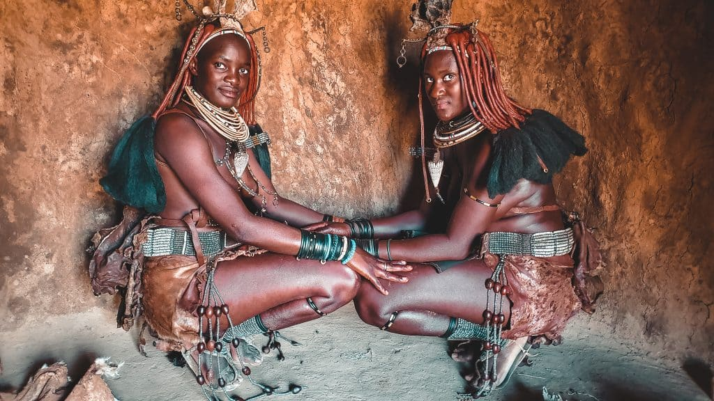 Get inspired to travel to Namibia and visit te Himba people