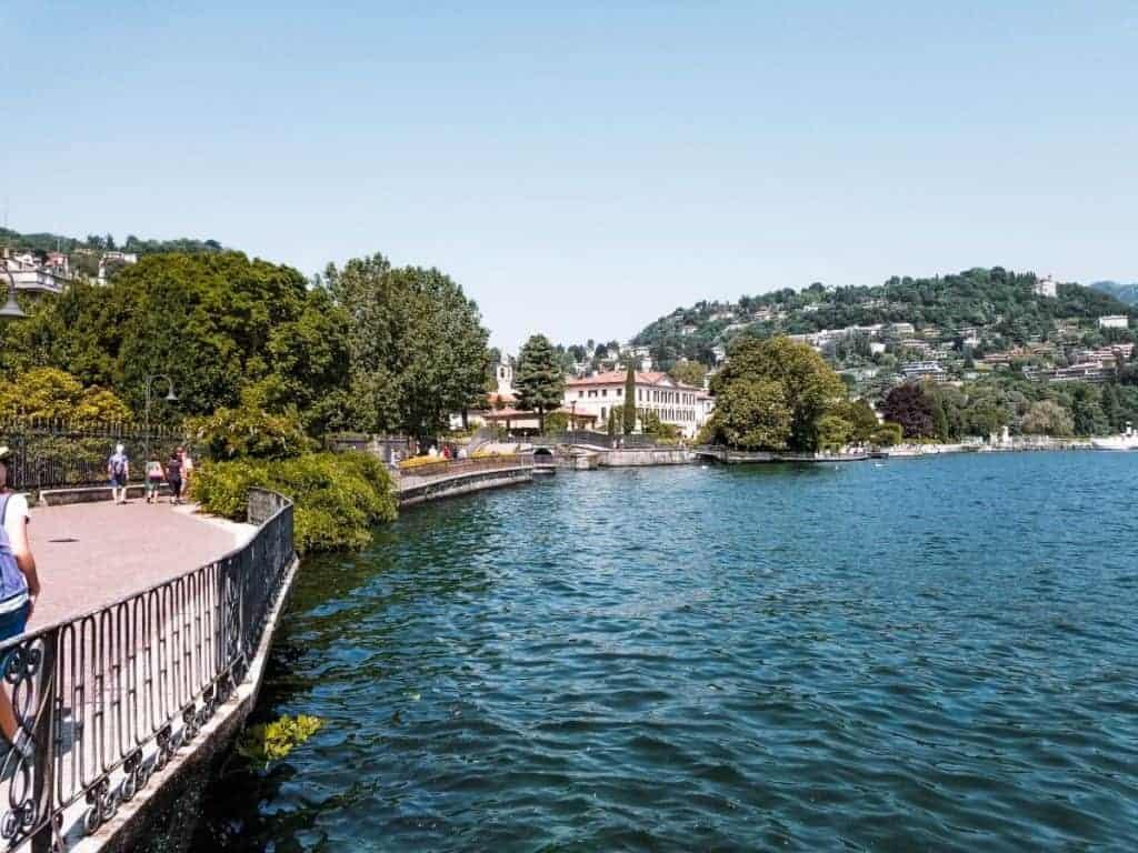 Train from Milan to Lake Como