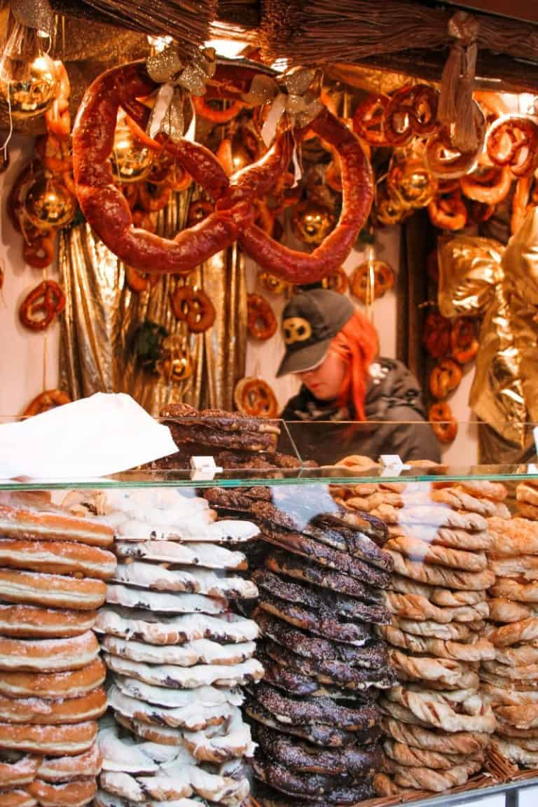 Try Christmas delicacies in Salzburg markets