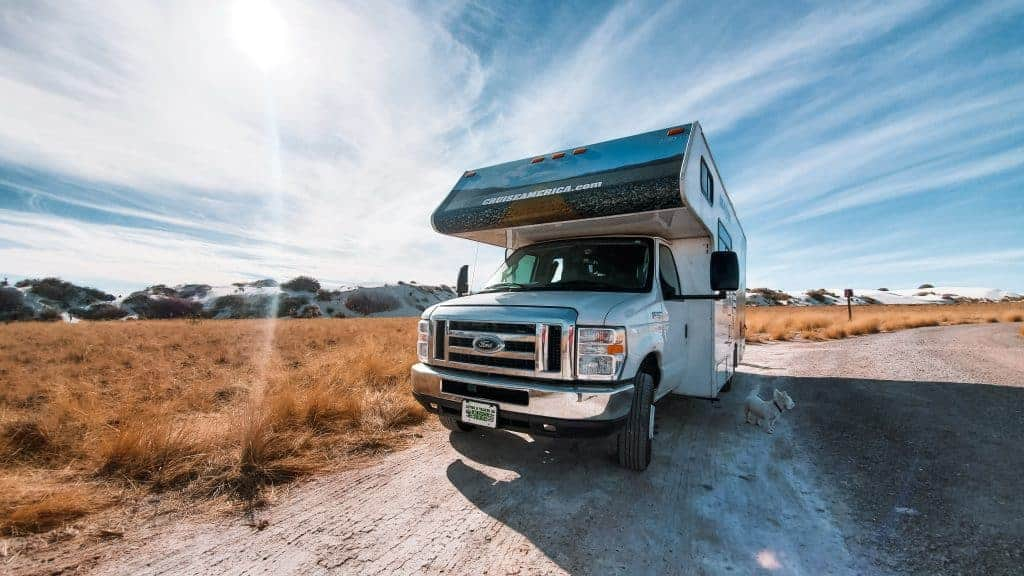 how much to rent an RV and costs