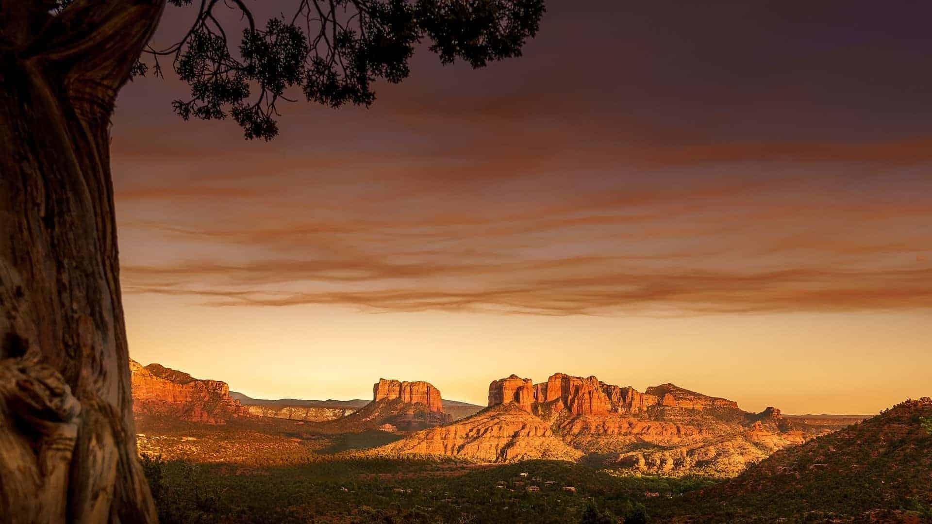 Hikes in Arizona breathtaking landscape