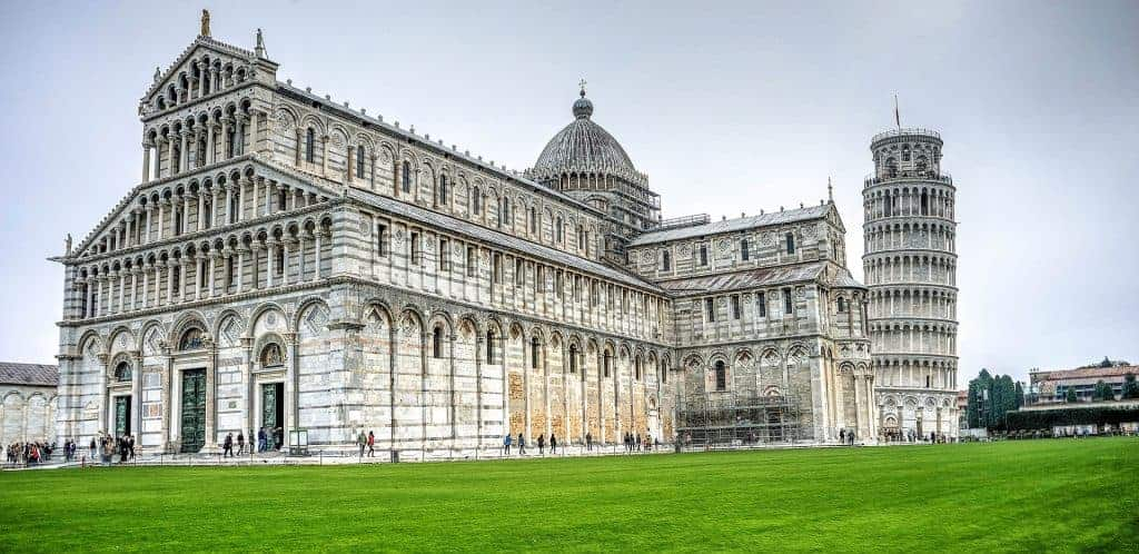 travel from Rome to Tuscany and visit Pisa